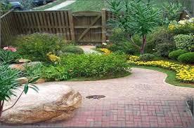 Small Garden Landscape Design Ideas Landscape Designs For Small Gardens In Small Garden Design By