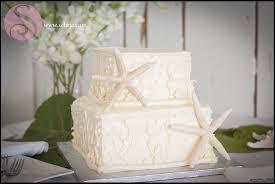 beachy wedding cakes 30 wedding cakes to inspire your destination wedding