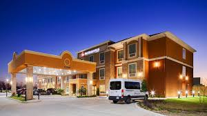 hotels near new orleans airport with free shuttle holiday inn