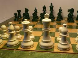 my chess set green and white full sized set allanbeardsworth
