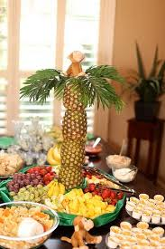 Buffet Style Dinner Party Menu Ideas by Best 25 Food Table Decorations Ideas On Pinterest Tulle