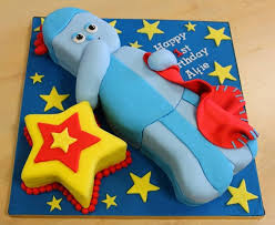 attempt cake carving iggle piggle night
