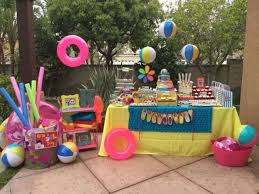 how to decorate birthday table 24 decorations that will make any pool party awesome shelterness
