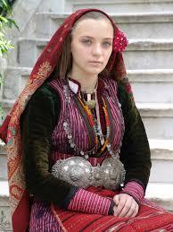 bulgarian in traditional dress 1536 2048 human photo