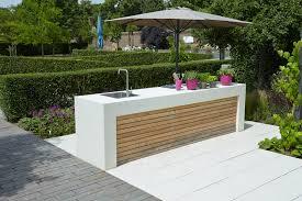 outdoor küche outdoor küche gartenküche aus hellem sichtbeton