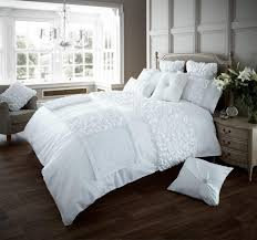 brand new super soft luxury quilted verina matching bed runner
