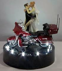 harley davidson wedding cake toppers 214 motorcycle wedding cake topper wit harley davidson lit wedding