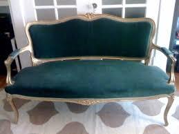 Velvet Settee Sofas 44 Best Velvet Couch Images On Pinterest Diapers Velvet