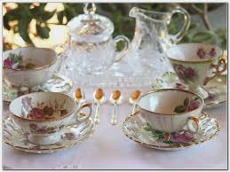 what to give for a wedding gift what to give as a wedding gift gallery wedding decoration ideas