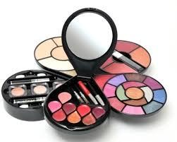 Makeup Kit cameleon makeup kit g1668 price in india buy cameleon makeup kit