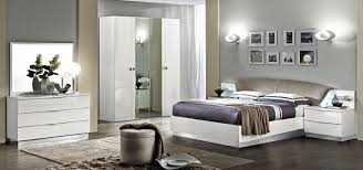 meuble blanc chambre innovant chambre meuble ensemble patio and chambre coucher italienne