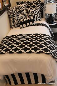 Black And White Bed by Www Decor 2 Ur Door Com Black And White Dorm Room Bedding Custom