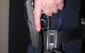 pub au bureau la garenne colombes la garenne colombes recrute des policiers municipaux le parisien