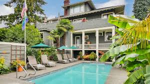 Clothing Optional Bed And Breakfast Seattle Bed And Breakfast Gaslight Inn Seattle Wa