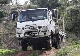 mitsubishi fuso 4x4 expedition vehicle vehicles
