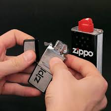 comment recharger un chalumeau de cuisine comment recharger un briquet zippo mistersmoke