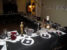 halloween party table ideas haunted hollywood halloween party thegalagals