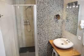 salle de bain chambre d hotes chambre d hôtel entre liège et namur près du château d ahin à huy