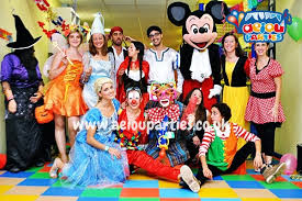 clown entertainer for children s kids party entertainer children s party entertainers in liverpool kids entertainers
