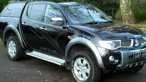 mitsubishi black old mitsubishi l200 2 5 di d animal 2007 57 black with two tone