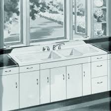 Antique Farmhouse Sink With Legs Farmhouses In Antique Farmhouse - Kitchen sink on legs