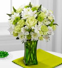 Lime Green Flowers - dreams weaver flowers and gifts the ftd lime licious bouquet