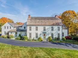 Clasic Colonial Homes by Classic Colonial Style Fairfield Real Estate Fairfield Ct