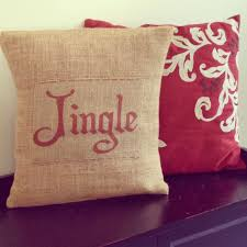 two it yourself diy burlap christmas pillows