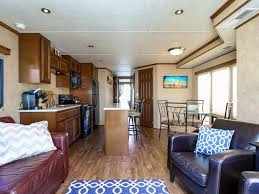 spacious houseboat in downtown baltimore homeaway canton
