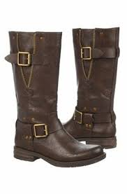 womens boots for wide wide width uggs s boots mount mercy