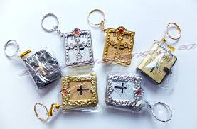 christian gifts christmas christian gifts key ring small pocket size bible