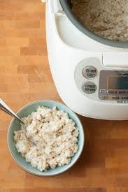 cuisiner avec un rice cooker why oatmeal made in a rice cooker is awesome cuiseur riz et petit