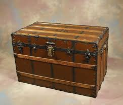 travel trunks images Annie 39 s travel trunk jpg