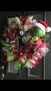 grinch wreath christmas party ideas pinterest grinch