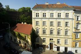 chambre d hote prague bed breakfast prague apartments vysehrad