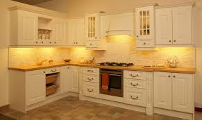 White Chalk Paint Kitchen Cabinets Crown Molding Styles For Kitchen Cabinets Tehranway Decoration