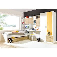 chambre avec miroir chambre avec miroir ensemble lit 2 lit chambre dhotel avec miroir au