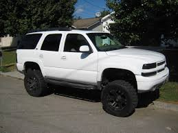 chevy yukon i should do this to my yukon lol love pinterest lifted chevy
