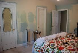 lively green door bedroom inspiration
