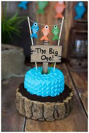melanie bennett photography one year photos fishing cake smash