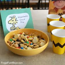 charlie brown thanksgiving dinner menu food ideas for a peanuts birthday party