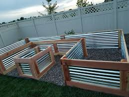 Corrugated Metal Planters by Best 25 Galvanized Planters Ideas Only On Pinterest Galvanized