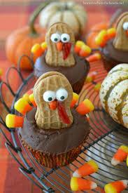 Thanksgiving Dinner Cupcakes 17 Easy Thanksgiving Cupcake Recipes Cute Homemade Cupcake Ideas