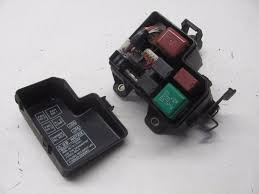 lexus parts in rancho cordova km606299 98 05 lexus gs300 gs 300 under hood fuse relay box w lid