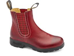 womens boots like blundstone burgundy rub leather pull on boots s style 1442