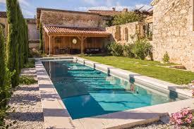 chambre d hote gers avec piscine suite de charme en coeur de de la romieu le vestibule