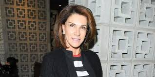 does it or list it leave the furniture who is hilary farr 10 facts about hgtv s it or list