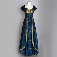 innovative ideas to re use old silk sarees you are on verge of