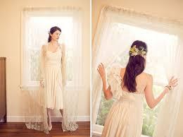 vintage summer wedding dresses a summer vintage inspired farm wedding green wedding shoes