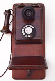 Old Fashioned Wall Mounted Phones Antique Wall Telephones And Gpo Models